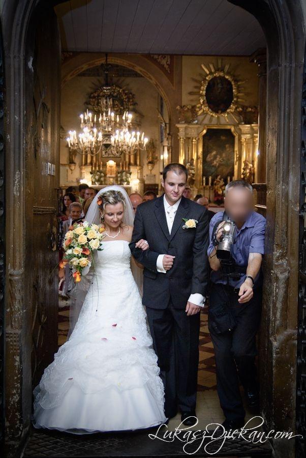 Łukasz Dziekan, reportaż ślubny, zdjęcia ślubne, filmowanie, kamerzysta, wideofilmowanie